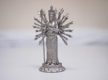 金属3Dプリンターで造ったステンレスの千手観音像です